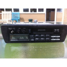 Jaguar XJ40 - Radio Cassette Player DBC3976