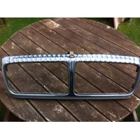 Daimler XJ40 XJ12 XJ81 - Front Grill, without the grill parts