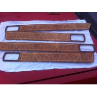 Daimler XJ40 - 4 Door Cappings SWB - Burr walnut with Gold Piping
